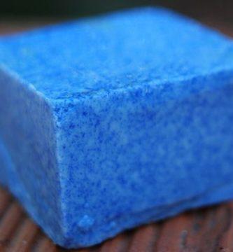 jabon azul